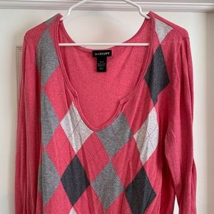 Pink & Grey Argyle Sweater (plus)